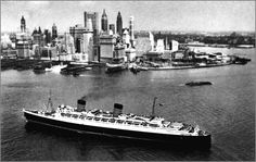 "Queen Elizabeth ship approaching New York: ""The Coincidence Of How The Queen Elizabeth Ships Captains Both Died On The Same Day"" #67notout #coincidence #ships"