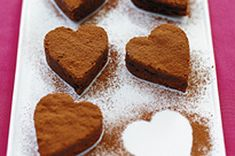 BAKER'S Chocolate & Mocha Sweethearts Recipe - These coffee-flavoured chocolate brownies can be cut into hearts for Valentine's Day. Bakers Chocolate, Cocoa Chocolate, Unsweetened Chocolate, Chocolate Coating, Chocolate Brownies, Chocolate Desserts, Kraft Recipes, Fondant Au Caramel, Lollipop Recipe