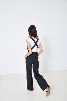 Ulla Johnson Resort 2016 // flared overalls, ruffle sleeve tee & sandals #style #fashion #suspenders