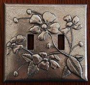 Do it yourself Gift Ideas - Diy-Selbermachen Pewter Art, Pewter Metal, Copper Metal, Pop Can Crafts, Arts And Crafts, Aluminum Foil Art, Metal Embossing, Switch Plate Covers, Switch Plates