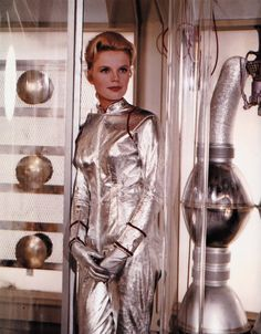 Marta Kristen / publicity photo for Lost in Space (CBS Space Tv Series, Space Tv Shows, Sci Fi Tv Series, Tv Series To Watch, Jupiter 2, Marta Kristen, Space Girl, Space Age, Vintage Space