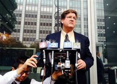 Attorney Paul Demeester reads a letter that California state Sen. Leland Yee sent to California Secretary of State Debra Bowen on Thursday, March 27, 2014 informing her that he was withdrawing his candidacy, during a news conference in San Francisco. (AP Photo/Paul Elias) ▼27Mar2014AP FBI sting shows San Francisco Chinatown underworld http://bigstory.ap.org/article/ex-gang-leader-was-praised-role-model