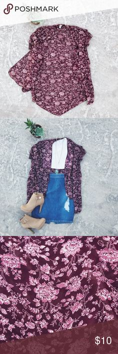 """Maroon Floral Kimono 🌹 Maroon Floral Kimono  One size fits most!  In great condition, only worn a few times.  Length is 38""""  ✨SHIP WITHIN 24 HOURS 💕TOP RATED 🌵 FREE GIFT WITH EVERY PURCHASE  🤳🏼BUNDLE TO SAVE 20% Minimi Tops Camisoles"""
