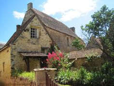 Sergeac, ancient Knights Templar village -houses and Manoir de Craminat