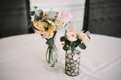 Add interest to a centerpiece simply by mixing vase styles! #amylynneoriginals #ourfocusisflowers #ncwedding Photo | @photosbyamberm
