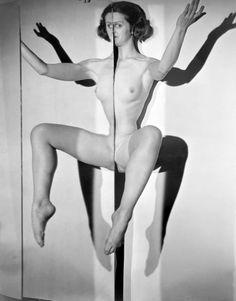 Erwin Blumenfeld - Mirror Girl