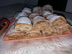 placinta cu mere cu foi de casa (46) Food Cakes, Banana Bread, Cake Recipes, Desserts, Sweets, Cakes, Tailgate Desserts, Deserts, Easy Cake Recipes
