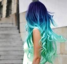 i would LOVE to have my hair like this... gorgeous.