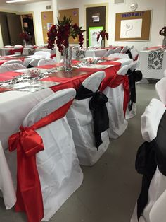 Red, black and white decorations