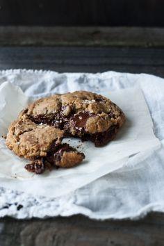 bittersweet chocolate chip cookies with sea salt