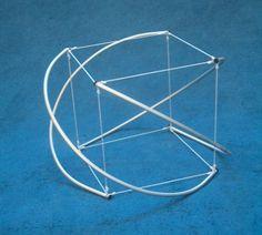 hexaedro (cubo) en tensegridad (tensegrity)