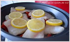 Merluza al limon. Food N, Food And Drink, Sea Food, Lidl, Fish And Seafood, Kitchen Recipes, Healthy Eating, Healthy Recipes, Cooking