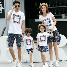 Wholesale cotton Korean Family pack summer 2017 new short sleeve t-shirts suit mother father baby tops
