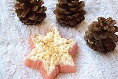 Weihnachten Seife Schneeflocke Seife Urlaub Seife Strumpf Stuffer Baby Weihnachtsbevorzugungen Winter Seife Handgemachte Seife Zimt Frucht Seife Urlaubsgeschenk Vegan natürliche Seife Hausgemachte Seife