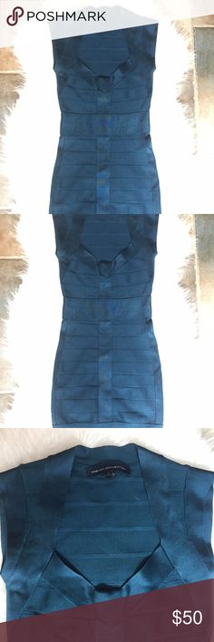 French connection bandage bodycon dress sz 2 blue Beautiful blue French Connection bondage dress in size 2. In great condition no flaws, no stains, no holes. Great for a evening night out!  Armpit to armpit 13 inches  Length shoulder to bottom 32 inches French Connection Dresses Mini