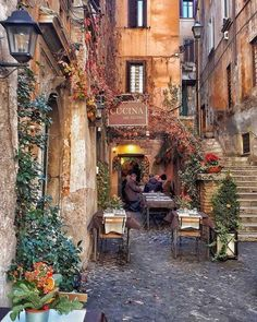 Travel Destinations Italy Rome Beautiful Places 49 Ideas For 2019 Beautiful Places To Travel, Cool Places To Visit, Places To Go, Wonderful Places, Romantic Places, Beautiful Things, Rome Restaurants, Restaurant Restaurant, Northern Italy