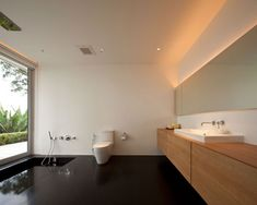 minimal bathroom design Serenity House by DBALP (24)