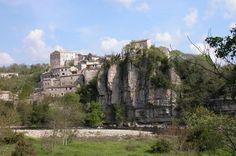 Visite de Balazuc : tourisme en Ardèche méridionale