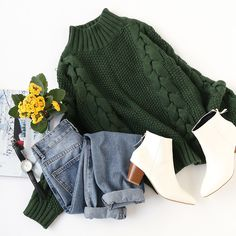 Be the most stylin' babe with our unique & chic sweater collection.✨✨ #greensweater #chic #cozy #sweateroutfit #romwe