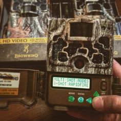 The Rapid Fire mode on your #browningcameras is great for surveillance, catching birds in flight, getting a better look at the bucks on your hit list...just to name a few! Just one of the many reasons #browning is #thebestthereis!   #gamecamera #