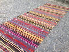 Turkish kilim | Turkish large area kilim | Vintage kilim | Handmade kilim | Large kilim 160 cm x 425 cm = 5'2'' x 13'8'' #WoolKilim #AreaKilim #Kilim #TurkishKilim #TurkishRug #HandmadeKilim #LargeKilim #TurkishLargeKilim #OushakRugs #VintageKilim Boho Decor, Bohemian Rug, Turkey Colors, Rugs On Carpet, Carpets, Small Rugs, Vintage Rugs, Hand Weaving, Kilims