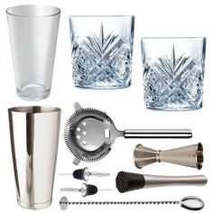 <strong>10 Piece Love Tiki Cocktail Set With Cocktail Old Fashioned Glasses In Presentation Box</strong> – All the tools for the job to make shake andstir your way to cocktail heaven. Ideal for cocktail novices and experts alike. This cocktail set is the perfect starting kitfor all cocktail lovers. This is a stylish and elegant addition to any bar or home and makes a fabulous gift for all keen mixologists.