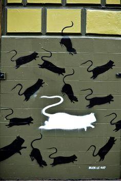 Blek le Rat street artist and art ... Paris. #bleklerat http://www.widewalls.ch/artist/blek-le-rat/