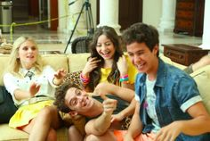 Find images and videos about soy luna, ruggero pasquarelli and karol sevilla on We Heart It - the app to get lost in what you love. Image Fun, Son Luna, Plot Twist, Fifth Harmony, Disney Channel, Actors & Actresses, Besties, We Heart It, It Cast