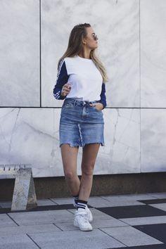 Destroyed skirt and sporty vibes - CARMEN MATTIJSSEN