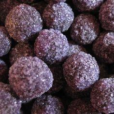 sweet cuberdons la violette produits base de violette en 2019 pinterest cuisine belge. Black Bedroom Furniture Sets. Home Design Ideas