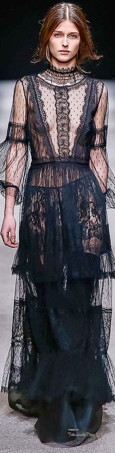 Milan Fashion Week.        Alberta Ferretti.         Fall 2015.         Ready To Wear.