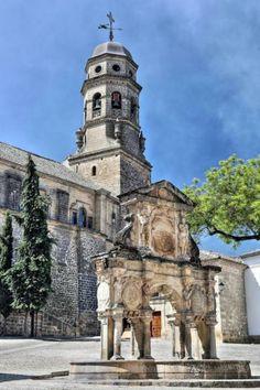 Baeza, Plaza de Santa María - Catedral de Baeza y Fuente de Santa María