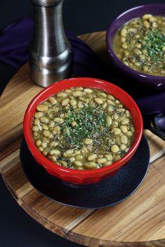 Vegan White Bean Chili | The Vegan 8