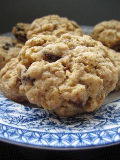 Walnut Oatmeal Raisin Cookies