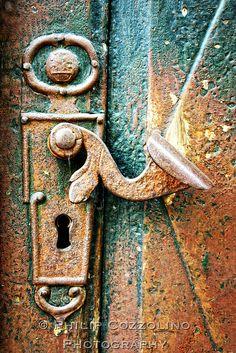 Old Handle by philcozz, via Flickr
