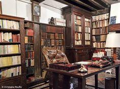 Bureau de louis aragon, bureau, desk, home office, home decor, decoration, deco, decor, librairie, librairy, photo, pinterest, home, old, vintage, feng-shui, style, oldschool, working
