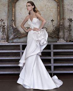 Elisabetta Polignano Signature - White Sposa #Elisabetta #Polignano #Signature #ElisabettaPolignano #ElisabettaPolignanoSignature #moda #sposa #bride #wedding #dress #dresses #mariage #novia