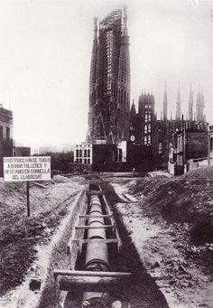 La Barcelona del siglo XX Construcción de la Sagrada Familia Sagrada Familia Contruction