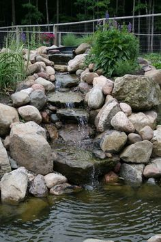 It's not difficult to create a waterfall pond feature rather than the conventional pond. With this small waterfall pond landscaping ideas you will inspired to make your own small waterfall on your home backyard. Waterfall Design, Garden Waterfall, Small Waterfall, Backyard Water Feature, Ponds Backyard, Backyard Ideas, Backyard Waterfalls, Garden Ponds, Pond Ideas