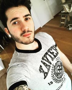 Wismichu Famous Youtubers, My Crush, Fangirl, Sexy, Handsome, My Love, Boys, Instagram Posts, Mens Tops