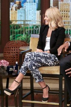 Kelly Ripa wearing Charlotte Olympia Dolores pumps in Black, Intermix Silk Paisley Print Pant in Blue,  LIVE with Kelly and Michael July 25 2013