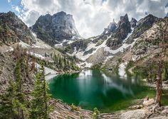 Emerald Lake in Rocky Mountain National Park, Colorado