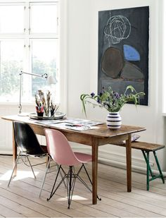 colors Home Design with Kevin Sharkey cute home office + dining space Home Interior, Interior And Exterior, Interior Decorating, Modern Interior, Interior Office, Kitchen Interior, Decorating Ideas, Interior Inspiration, Design Inspiration