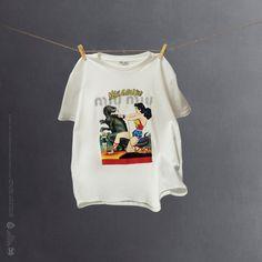 Miu Miu : vous allez voir ce t-shirt de super-héroïne partout sur Instagram cet été | Vogue Paris