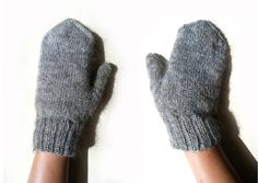https://flic.kr/p/fgrbNq | Grey Alpaca Mittens: Handspun Yarn | Available at my Etsy shop: www.etsy.com/shop/PoemsAboutMe