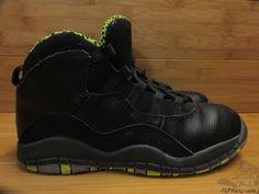 Vtg OG 2014 Nike Air Jordan X 10 s sz 3y III Venom Green Retro Chicago Black  #Jordan #Athletic #tcpkickz Toddler Shoes, Venom, Hiking Boots, Air Jordans, Nike Air, Chicago, Athletic, Retro, Best Deals