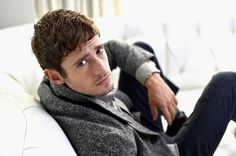 """When he looked over his shoulder at you like """"I'm sad you're not on this white sectional couch with me, let's do something about that."""" 21 Reasons To Make Julian Morris Your New Bae Julian Morris, Fake Life, Renaissance Men, British Invasion, Fine Men, Celebs, Celebrities, Pretty Little Liars, Something To Do"""