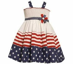 Smocked Dress fun for the 4th of July .. cute sister dress idea ...