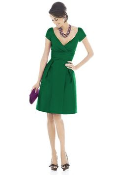 Alfred Sung D502 Bridesmaid Dress | Weddington Way !!!gorgeous---I have been looking for an emerald green dress!!