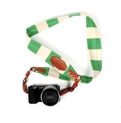 border stripe canvas camera strap. i neeeed this!